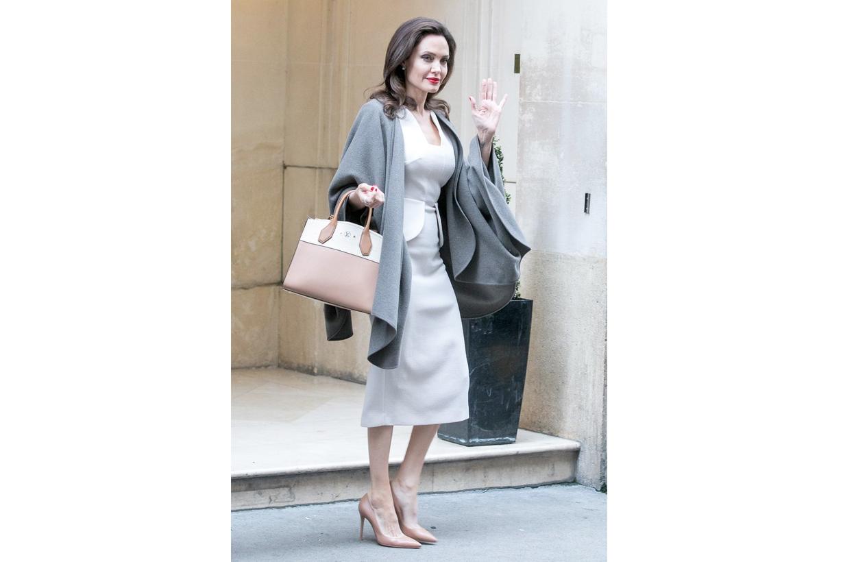 跟 Angelina Jolie 學輕熟系優雅穿搭 隨性出門也能氣質滿滿