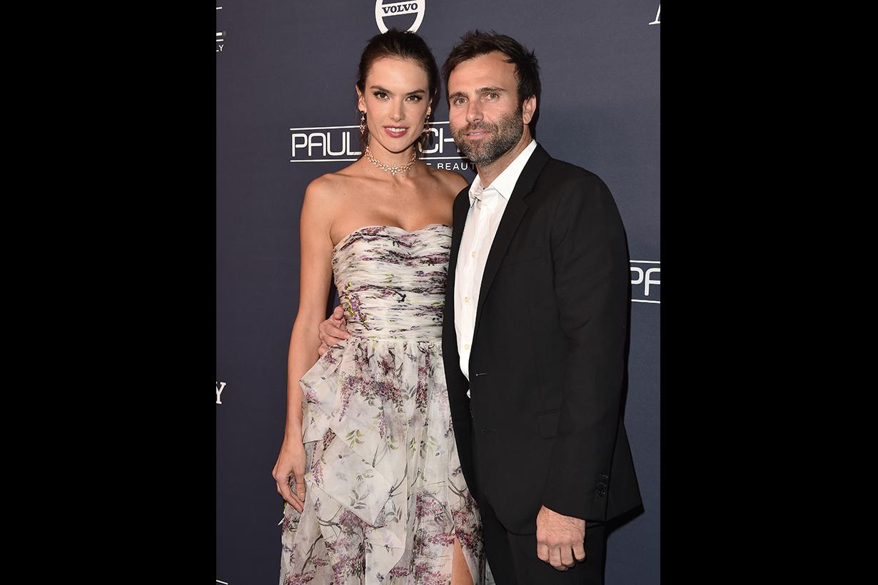 Model Alessandra Ambrosio and Jamie Mazur-1