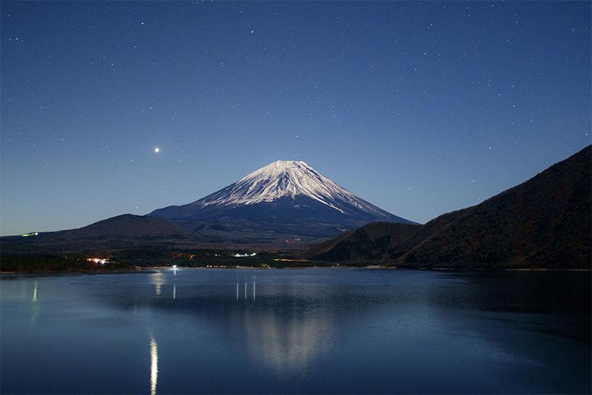 富士‧湖畔の映画祭 日本富士山下露營電影節
