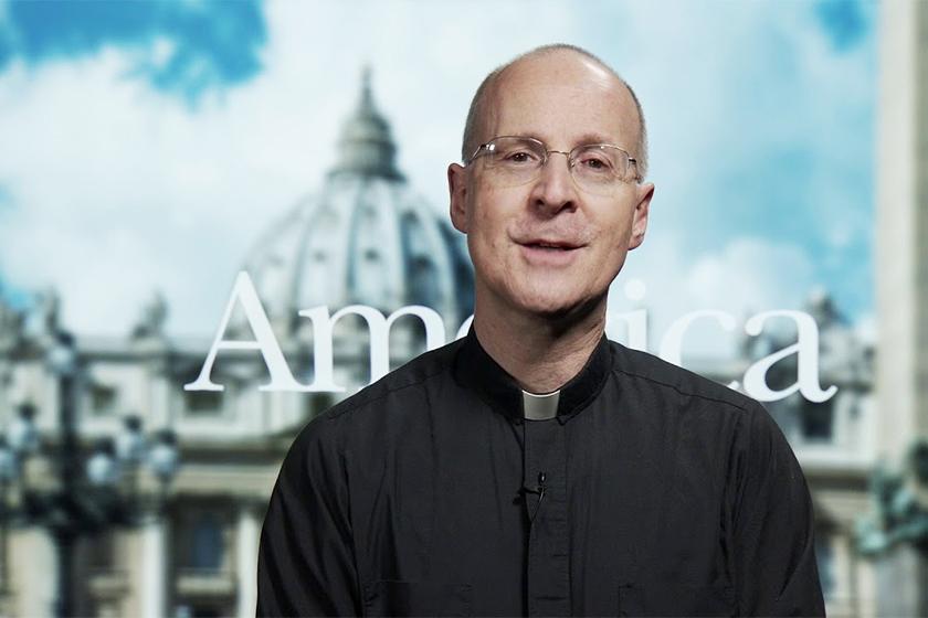 anna-wintour-favorite-met-gala-look Father James Martin