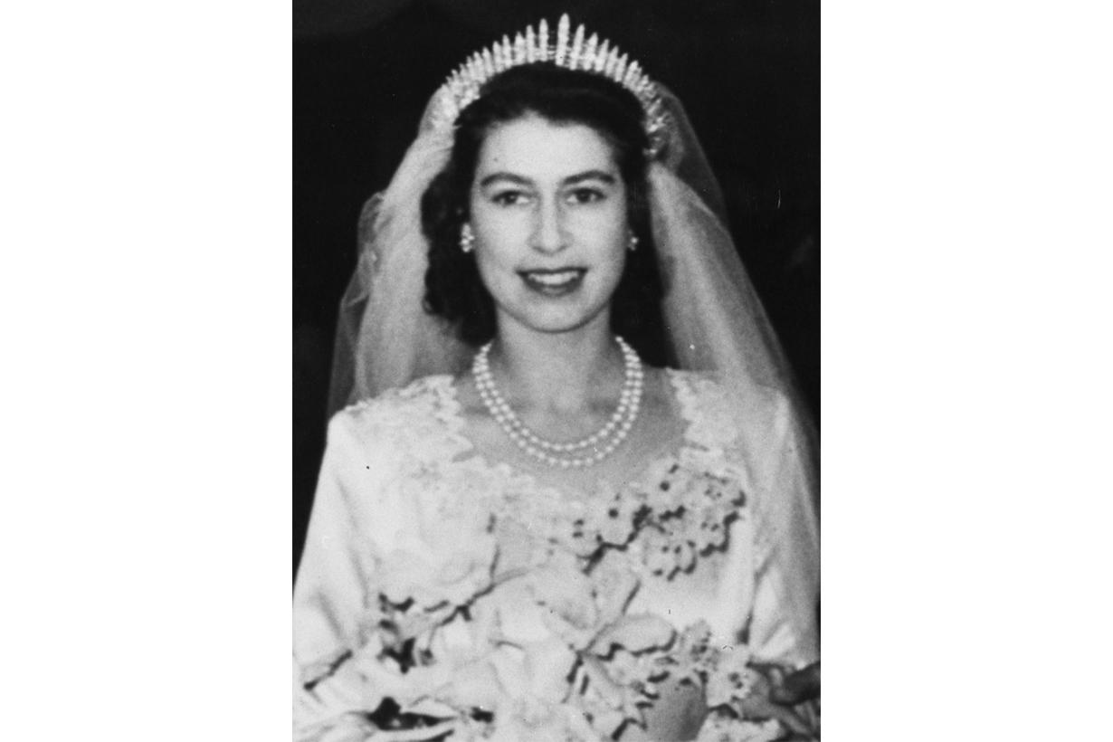 Queen Elizabeth Prince Philip Royal Wedding Funny Mistakes British Royal