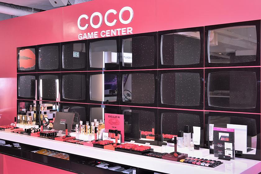 跟著眾星們,一同率先體驗萬眾矚目的 CHANEL COCO GAME CENTER 吧!