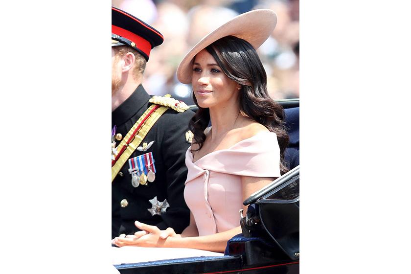 Meghan Markle style off-shoudler pink dress