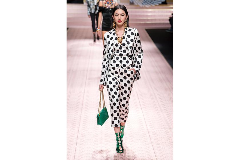 Dolce & Gabbana ss2019 Dilireba Mai Davika Hoorne