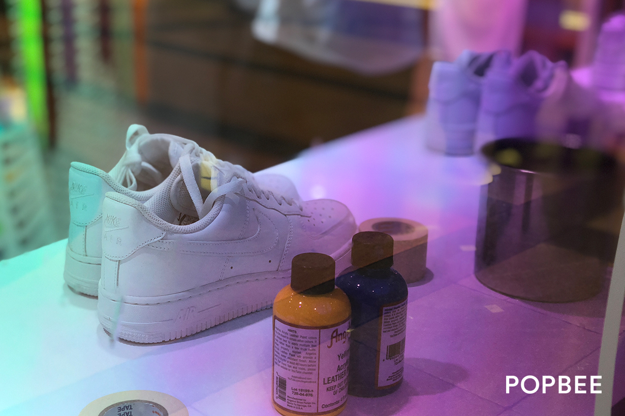 nike air force 1 customize event booth taipei pop-up