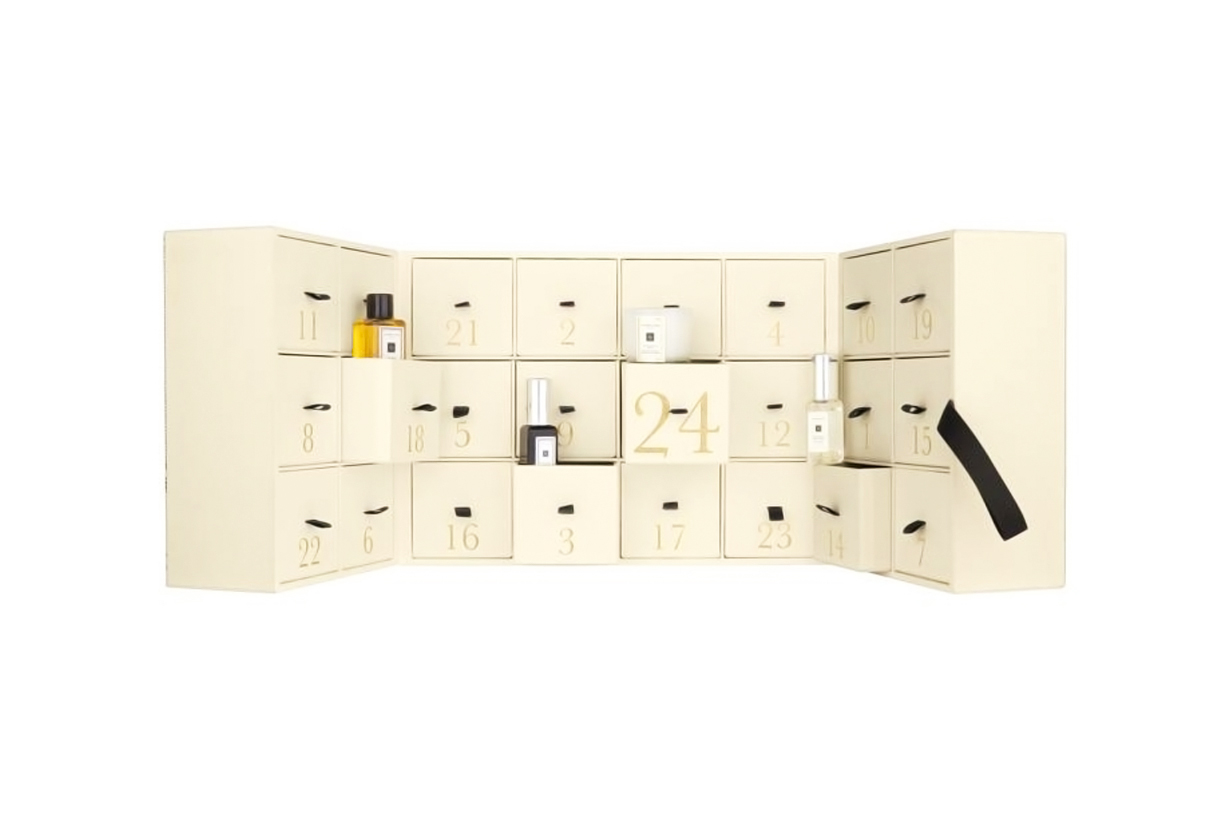 Jo Malone London Advent Calendar 2018 Christmas Gift Harrods Bring on the Baubles Perfumes Fragrances Scented candles