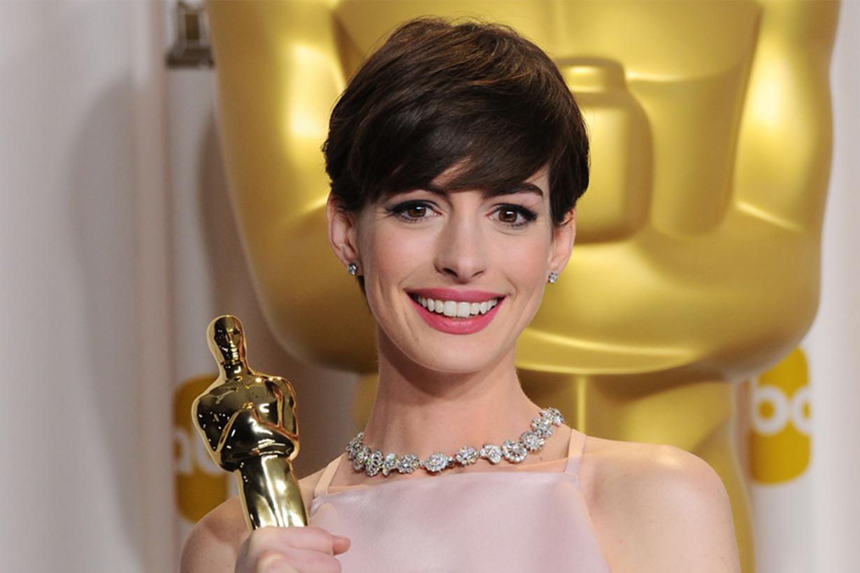 Anne Hathaway Red Carpet