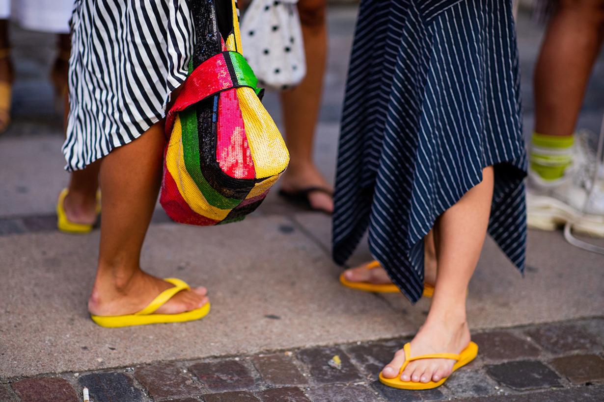 Flip Flops Street Style