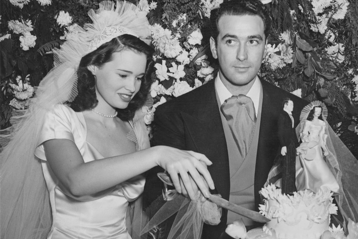 Gloria Vanderbilt's First Wedding Dress