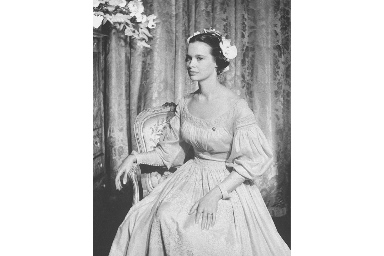 Gloria Vanderbilt's Third Wedding Dress