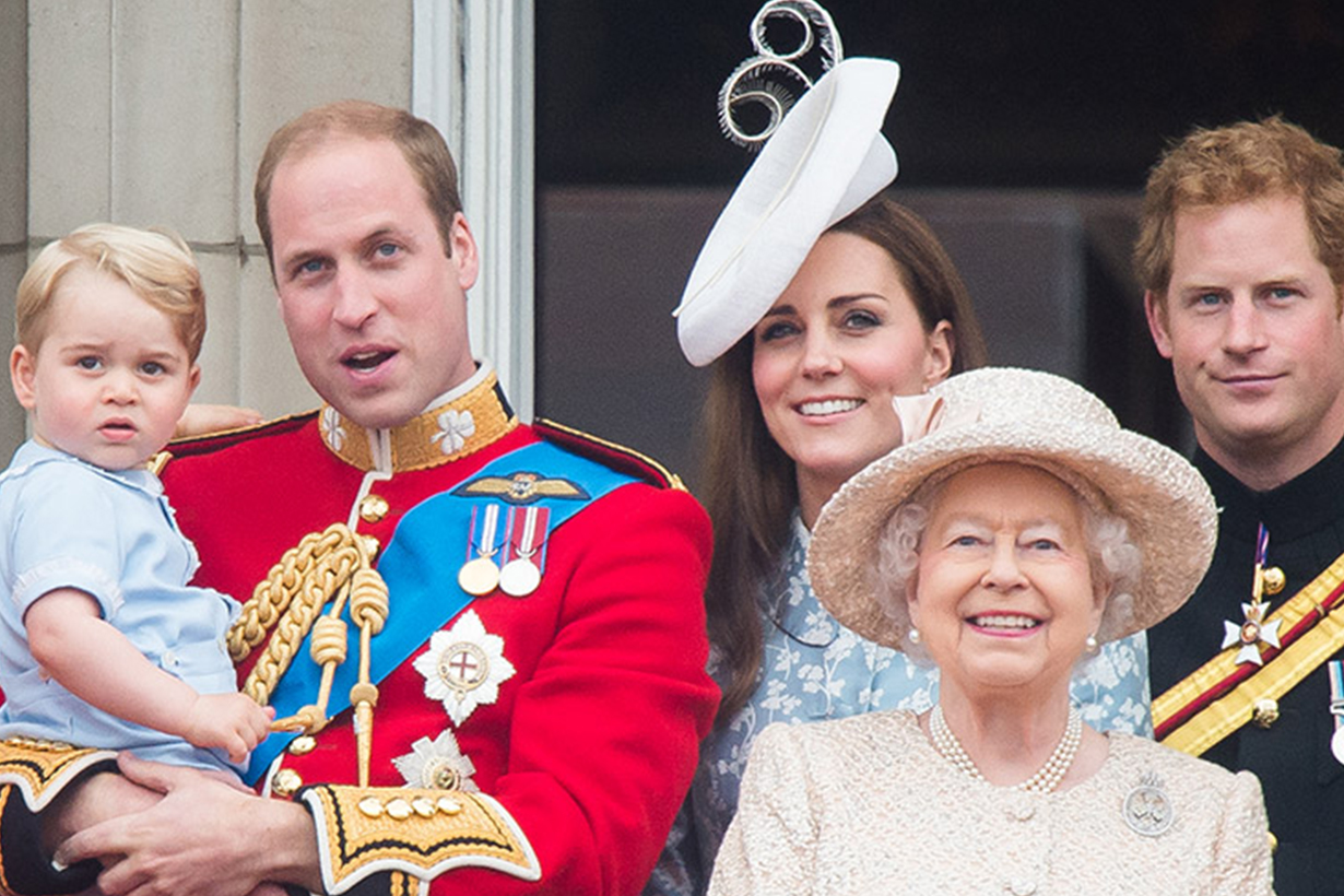 Royal Family Queen Elizabeth II Photo