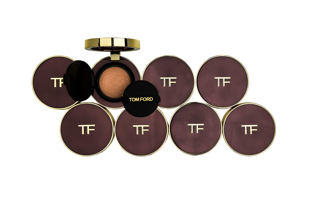 Tom Ford Traceless Touch Satin-Matte Cushion Compact