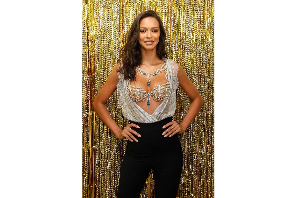 """Lais Ribeiro in the """"Champagne Nights Fantasy Bra 2017 Victoria's Secret Model"""