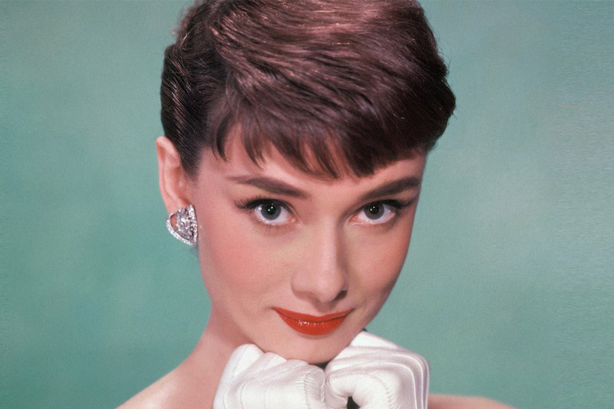 Audrey Hepburn Secrets Colour Cyan