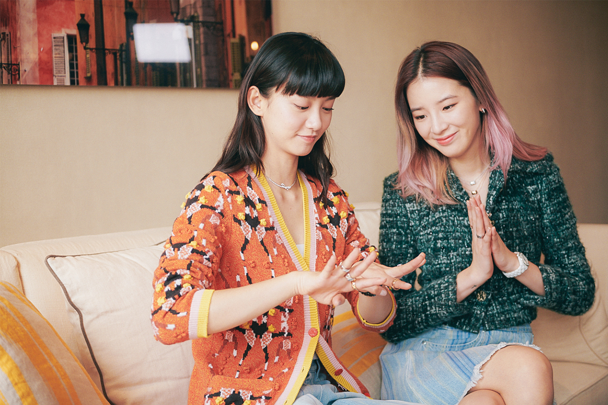 Irene Kim Modelling lesson for Angela Yuen