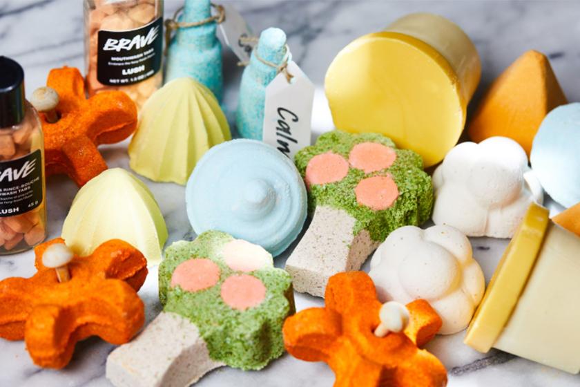 lush cosmetics shower bomb product