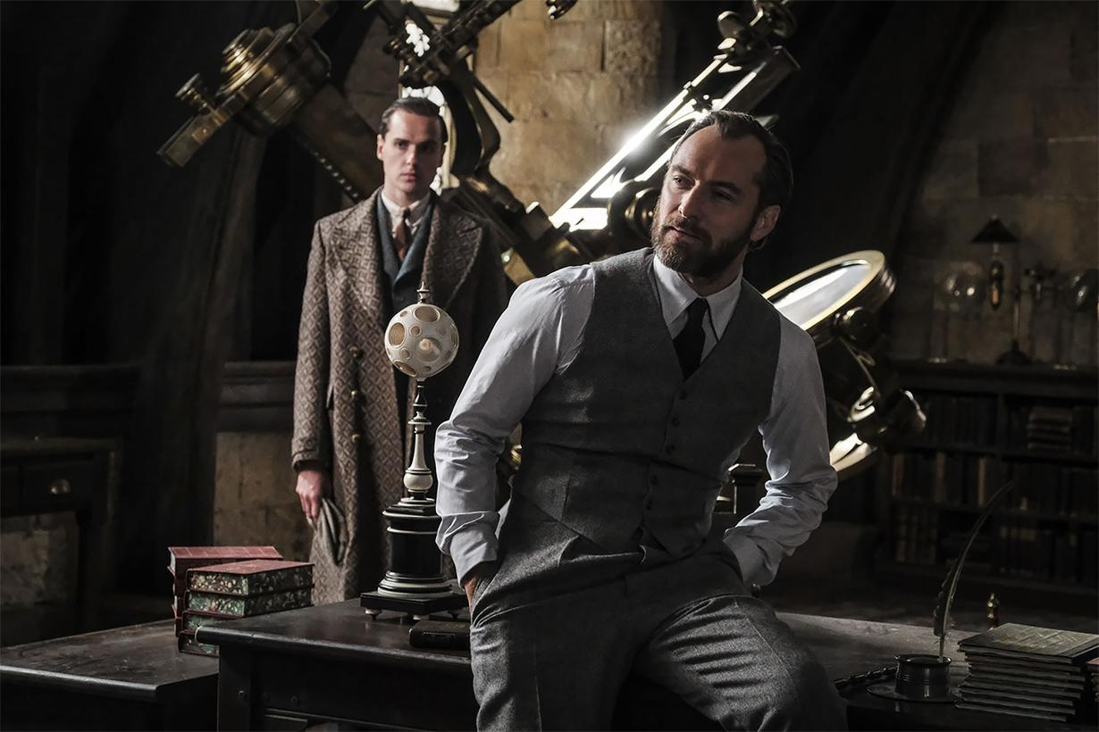Fantastic Beasts Costumes Dumbledore