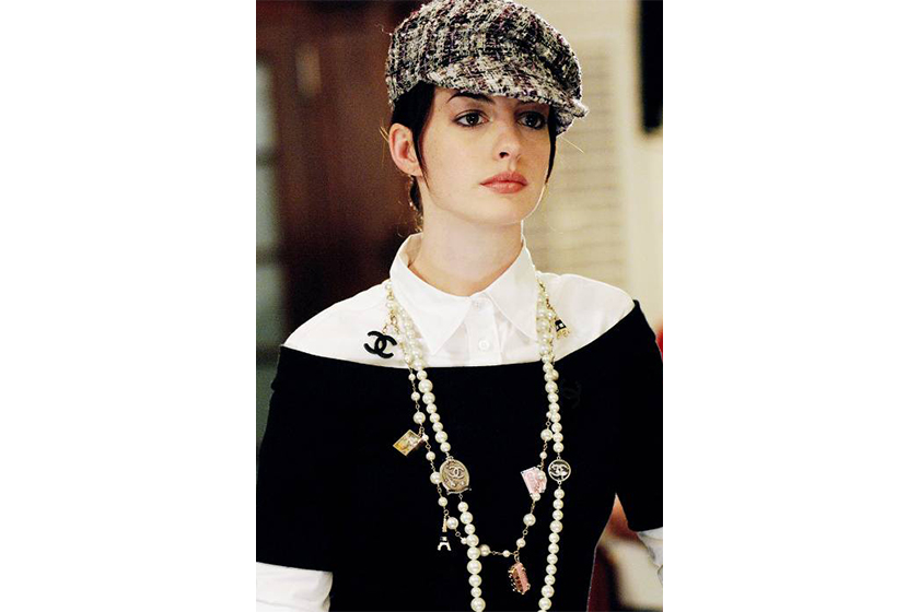 Winter Style from The Devil Wears Prada Anna Hathaway Newsboy Cap