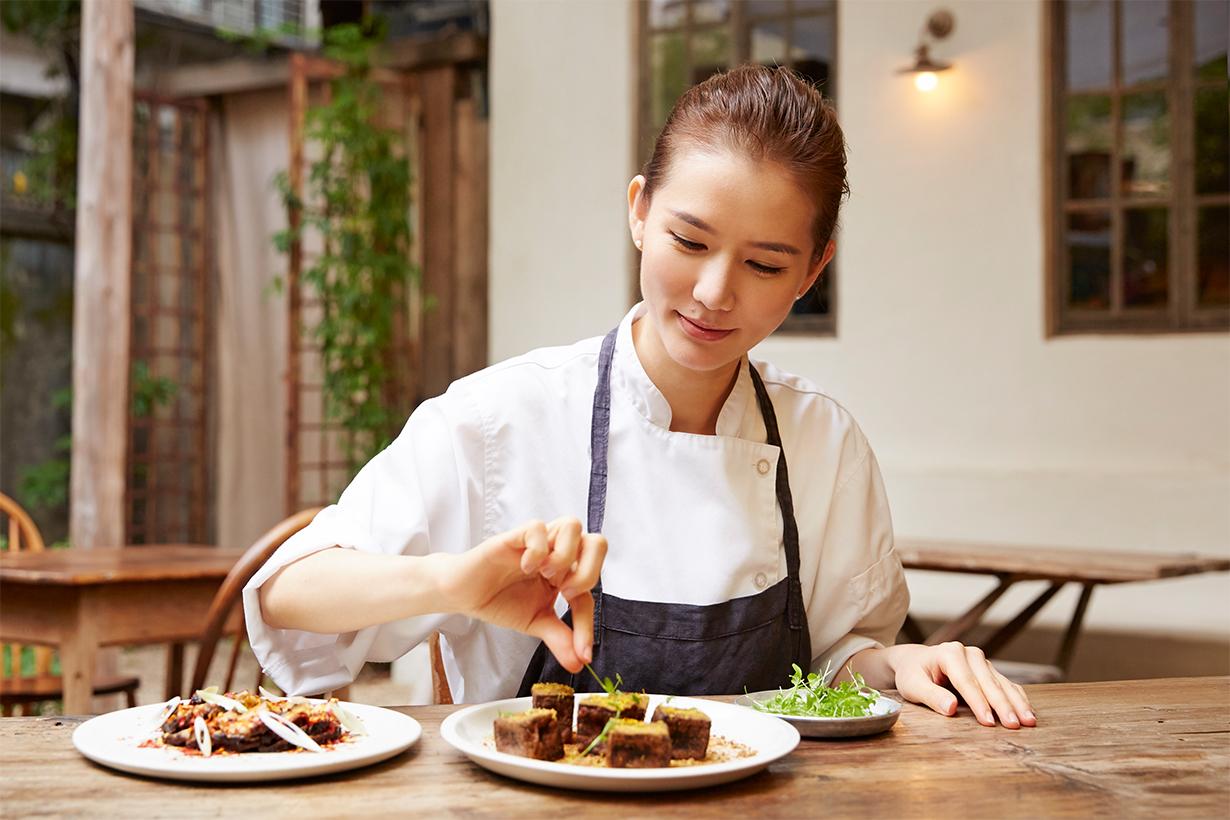 台北的人氣餐廳「香色」主廚Zoe