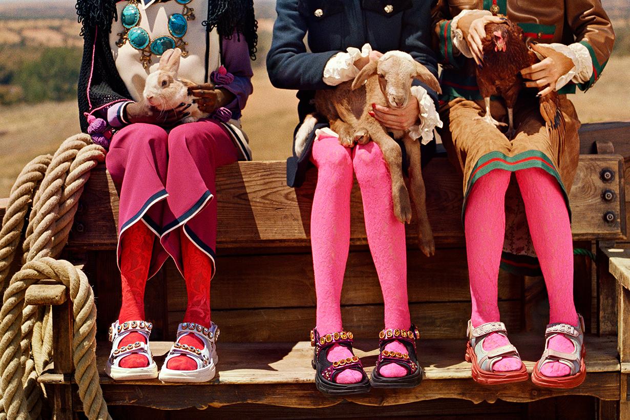 Gucci Flashtrek leather sandals_01