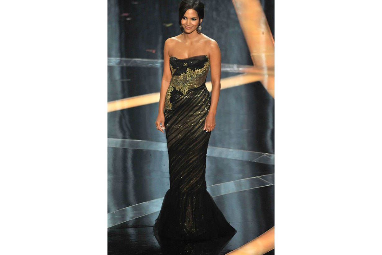 Halle Berry Marchesa dress