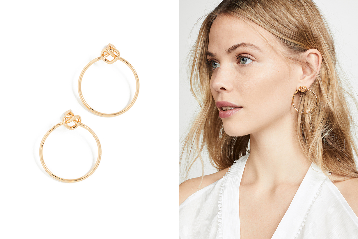 4 Jewellery Pieces that keep on wearing repeatedly