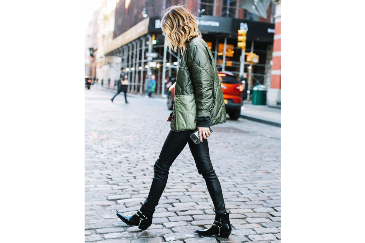 Skinny Jeans Black Ankle Boots Street Style