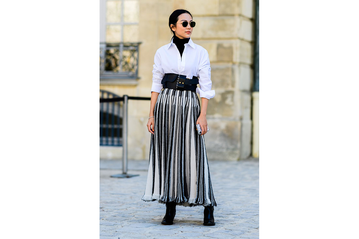 turtleneck white shirt street style