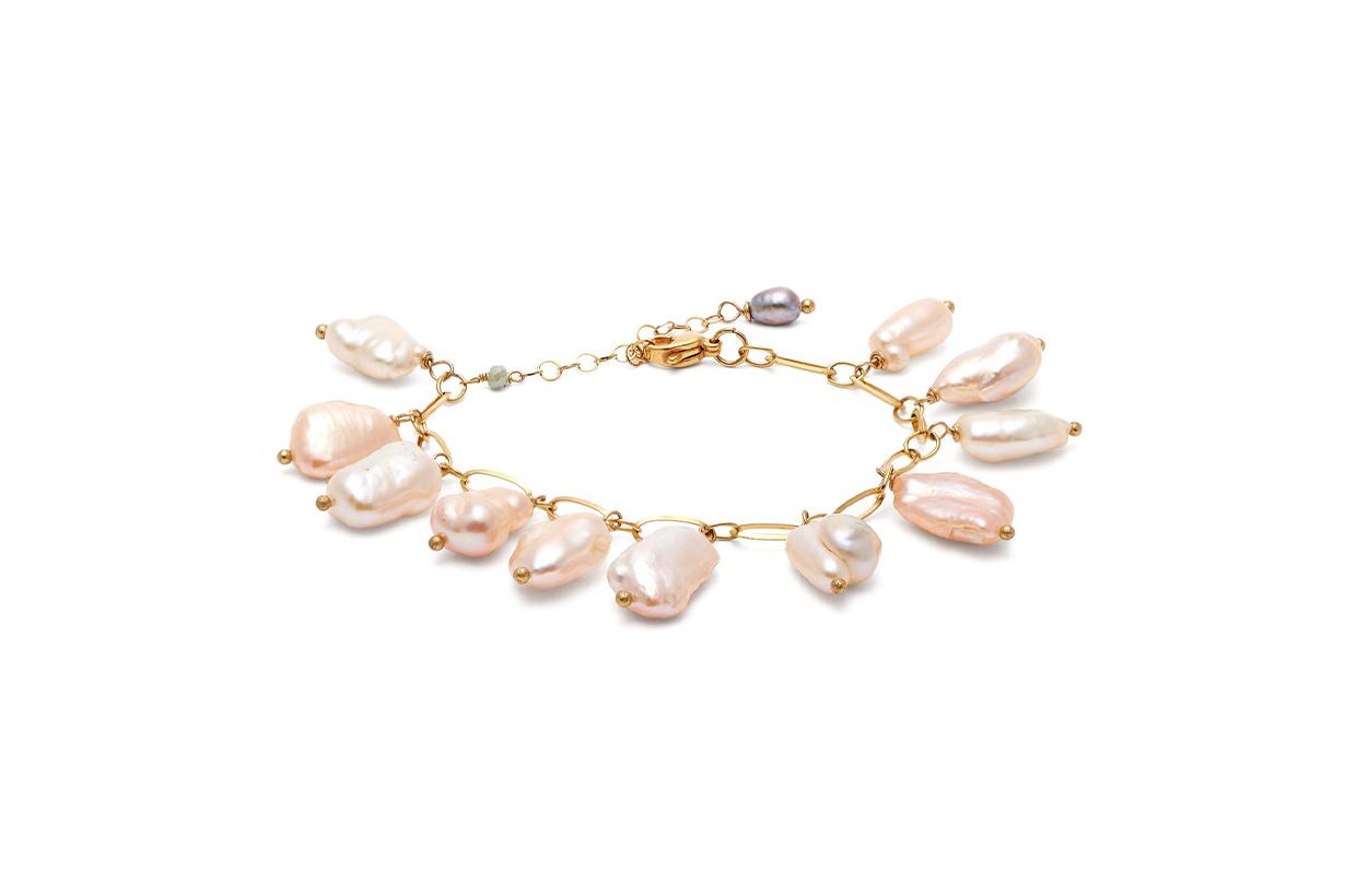 timeless pearly bracelet