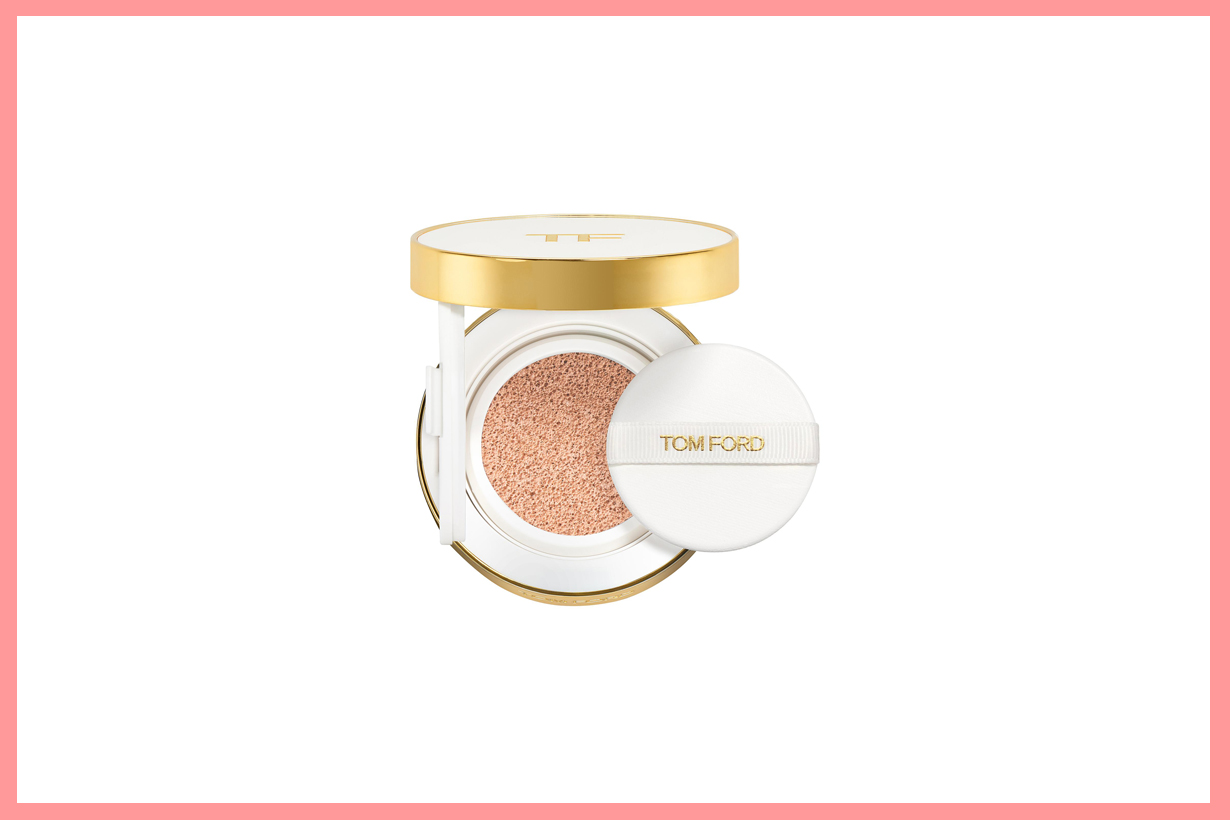 Tom Ford GLOW TONE UP FOUNDATION SPF 45 HYDRATING CUSHION COMPACT Cushion Foundation glowy skin cosmetics makeup korean girls