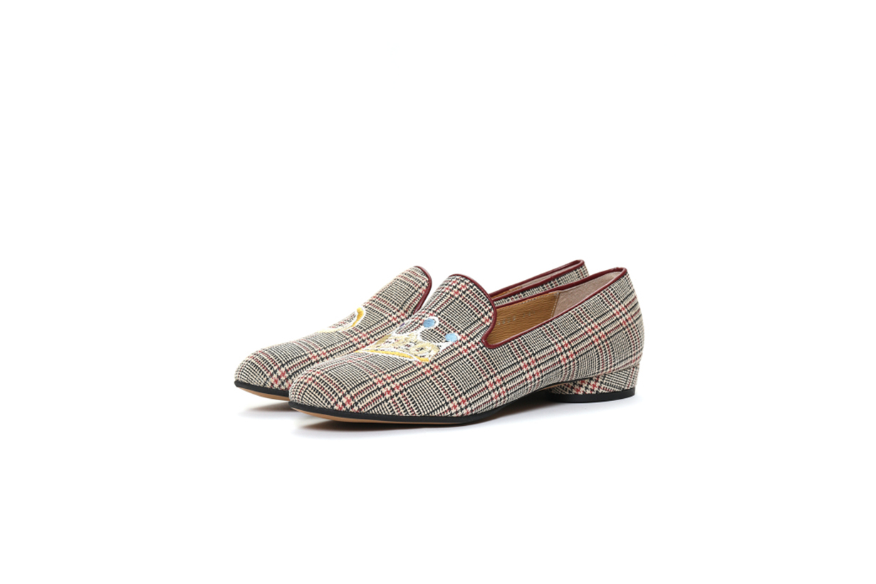 Tsumori Chisato Crown Embroidered Plaid Loafers