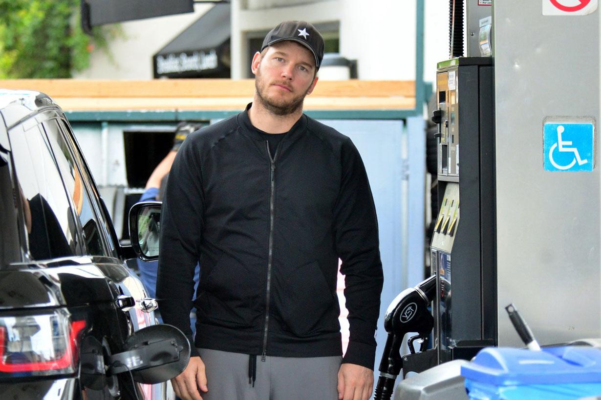 Chris Pratt Paparazzi funny face