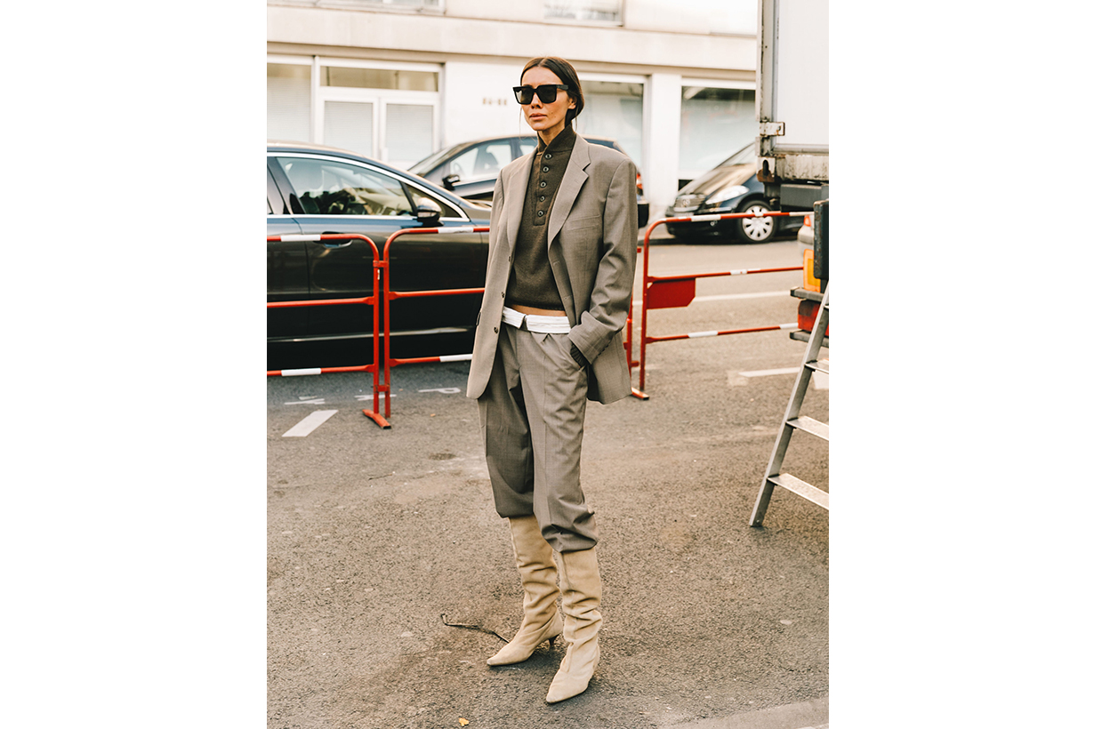 Blazer Suit Boots Street Style