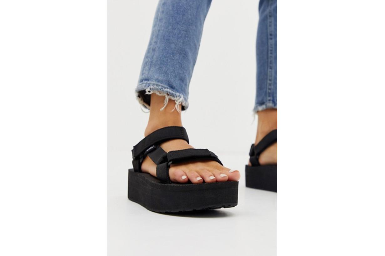 Teva Flatform Universal Chunky Sandals in Black