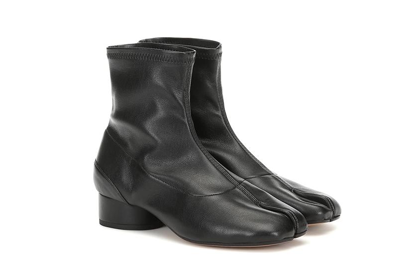 潮人最愛的 Maison Margiela 忍者鞋又有新款了!新出的「分趾 Loafers」 要來一雙嗎?