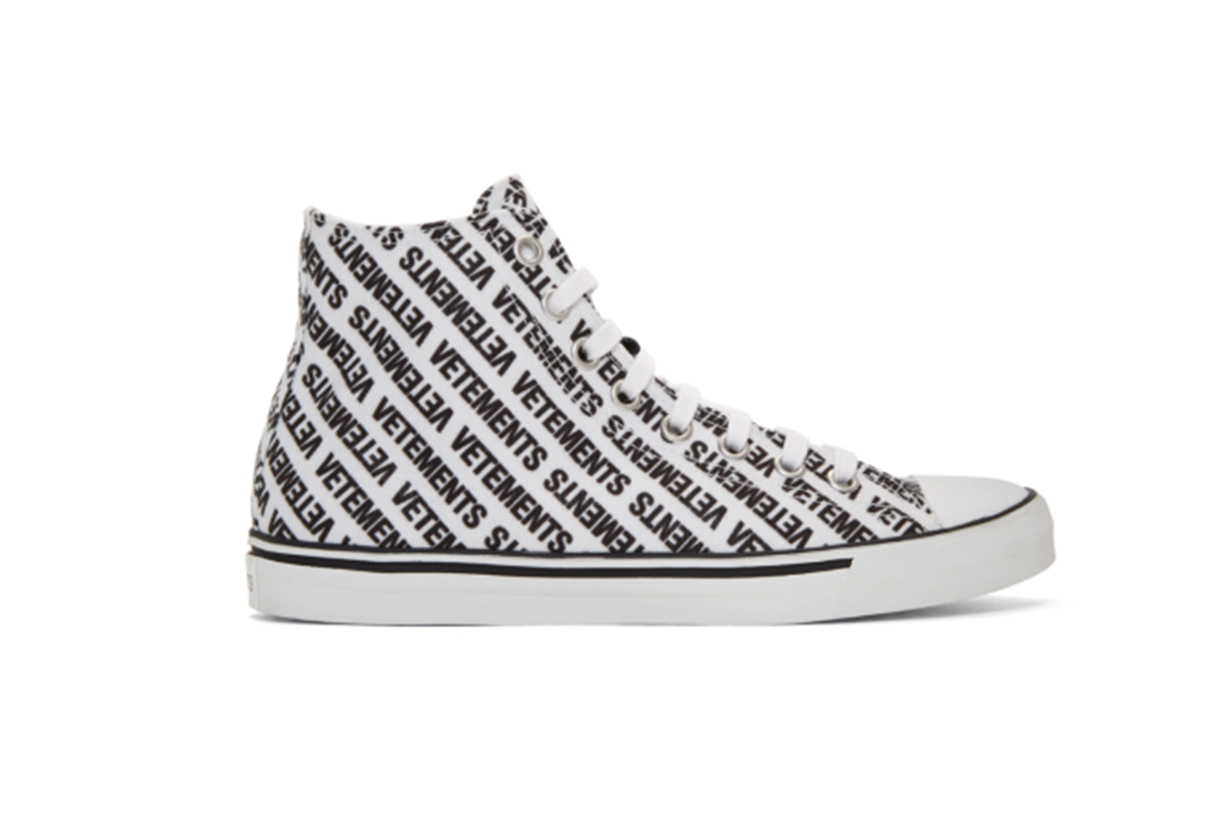 Vetements White & Black Canvas Logo High-Top Sneakers