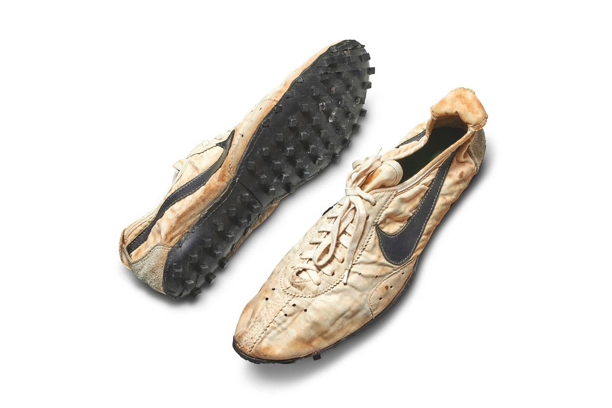 1972-Nike-Waffle-Racing-Flat-Moon-Shoe