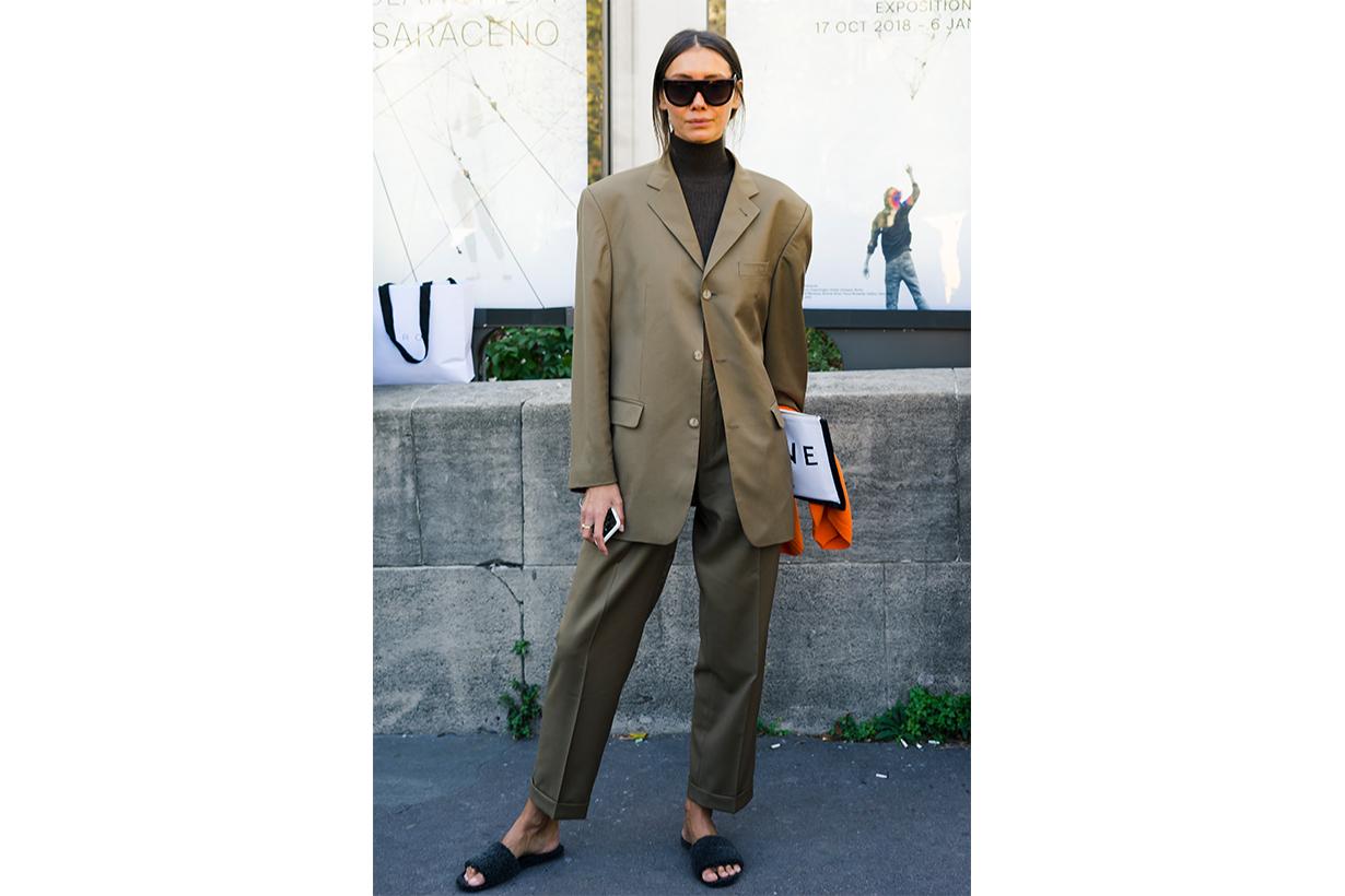 Ukraine Vogue Director Fashion Week Street Style Suit Slides Outfits