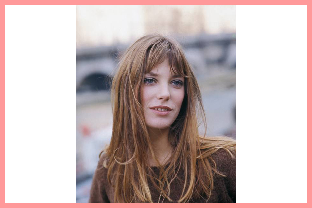 French Girls favourite haircuts hairstyles trend 2020 French Bob Long Fringe Wavy Long Bob