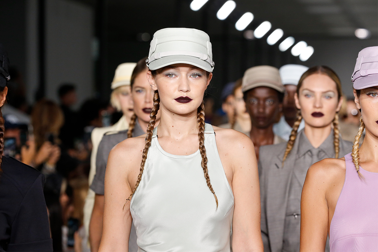 Supermodel Runway Milan Fashion Week