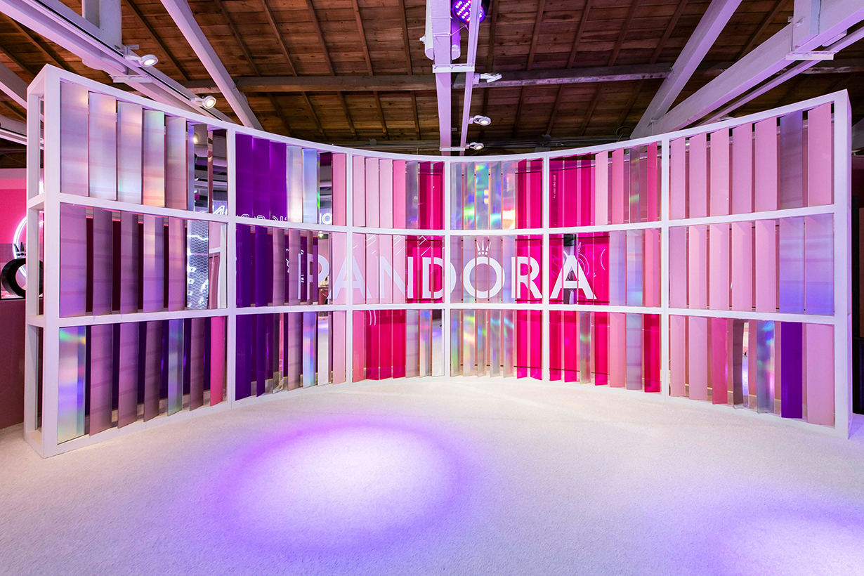 Pandora What Do You Love Pink exhibition in Taipei