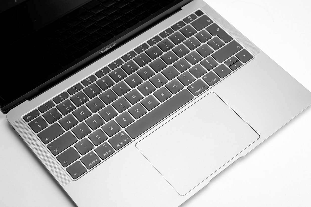 apple MacBook eliminate butterfly keyboard rumor