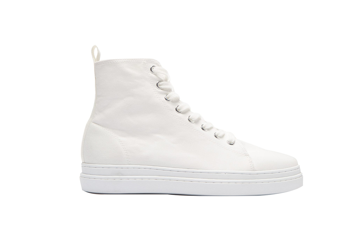 Pointed Toe Lace-Up High-Top Trainers