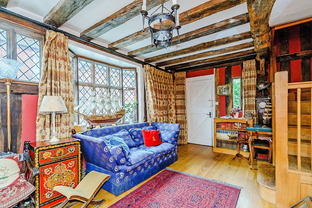 Harry Potter Movie childhood Movie scene House Airbnb