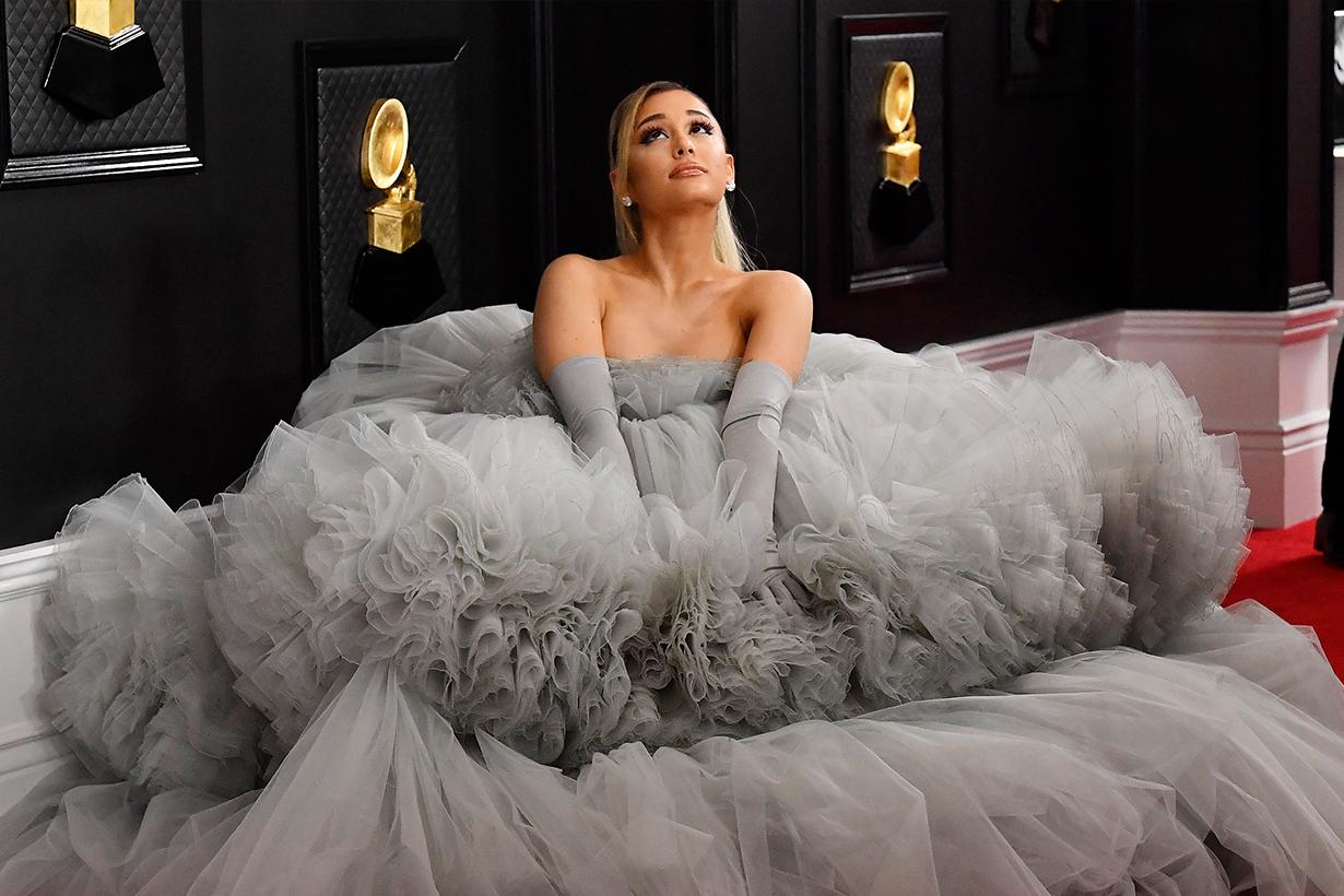 Selena Gomez Ariana Grande Emma Watson Single Lady No Boyfriends Single female Hollywood Celebrities Love Lesson