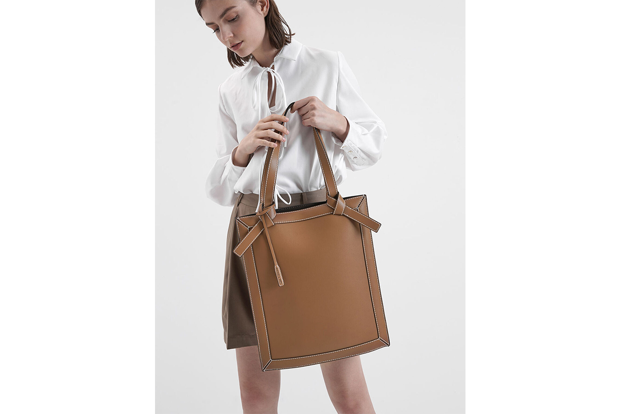 Large Knot Handle Elongated Tote