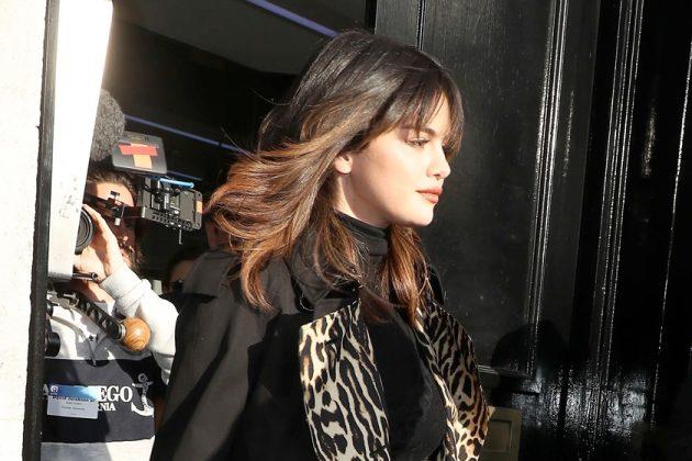selena gomez hairstyle bangs 70's haircut inspiration celeb