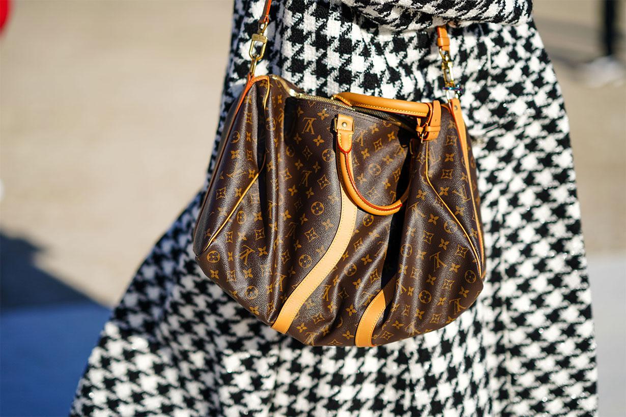 Louis Vuitton Logo Bag Street Style