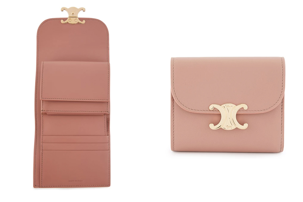 Small Flap Triomphe Purse in Lamb Leather
