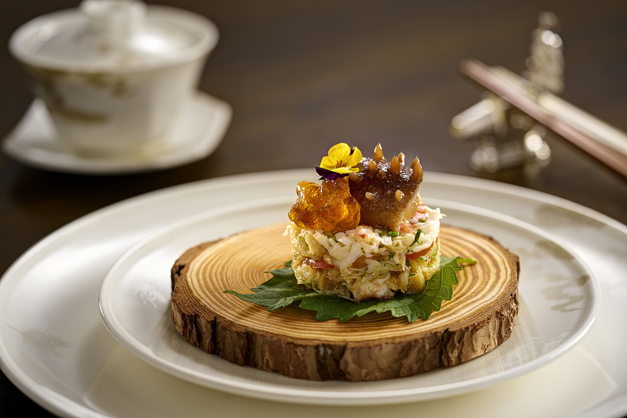 Spring Moon-Chilled Sea Cucumber with Crab Meat and Plum Sauce